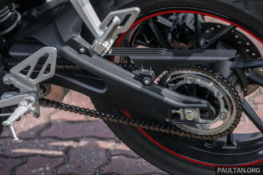 TUNGGANG UJI: Yamaha YZF-R15 – untuk 'kaki roket' Image #881555