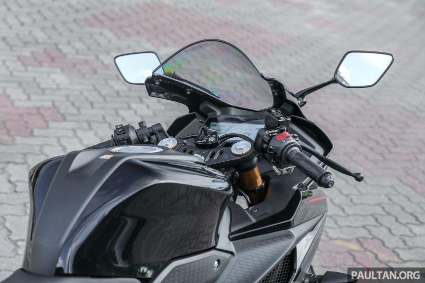 TUNGGANG UJI: Yamaha YZF-R15 – untuk 'kaki roket' Image #881557
