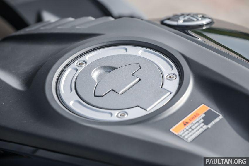 TUNGGANG UJI: Yamaha YZF-R15 – untuk 'kaki roket' Image #881568