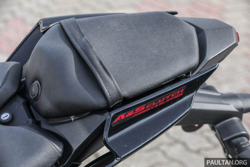TUNGGANG UJI: Yamaha YZF-R15 – untuk 'kaki roket' Image #881574