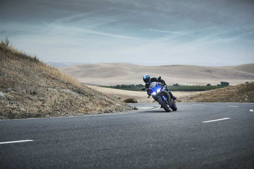 Yamaha R125 masuk pasaran Eropah, enjin VVA 125 cc Image #869638