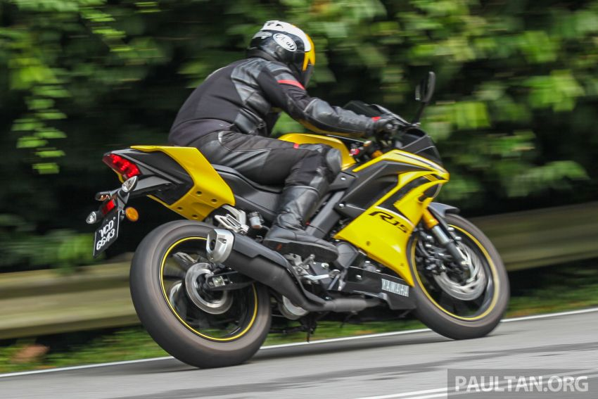 REVIEW: 2019 Yamaha YZF-R15 – lots of fun for RM12k Image #880851