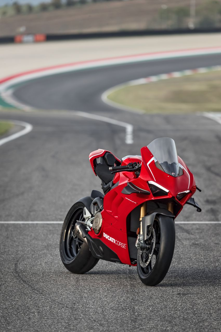 2019 Ducati Panigale V4 R released, now with wings, rest of Ducati Panigale Superbike range gets updates Image #884431