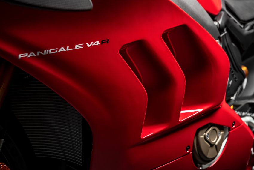 2019 Ducati Panigale V4 R released, now with wings, rest of Ducati Panigale Superbike range gets updates Image #884480