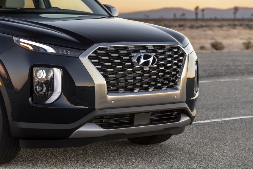 2020 Hyundai Palisade debuts – flagship eight-seat SUV, 3.8L V6, 8-speed auto, flush with safety tech Image #896090