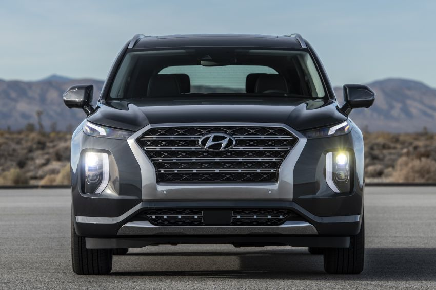2020 Hyundai Palisade debuts – flagship eight-seat SUV, 3.8L V6, 8-speed auto, flush with safety tech Image #896076