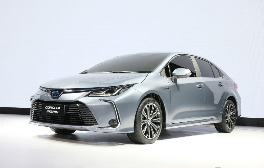 Toyota Corolla sedan generasi ke-12 didedahkan Image #889639