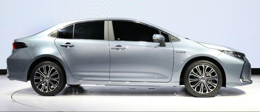 2019 Toyota Corolla sedan – 12th-gen makes its debut Image #889523