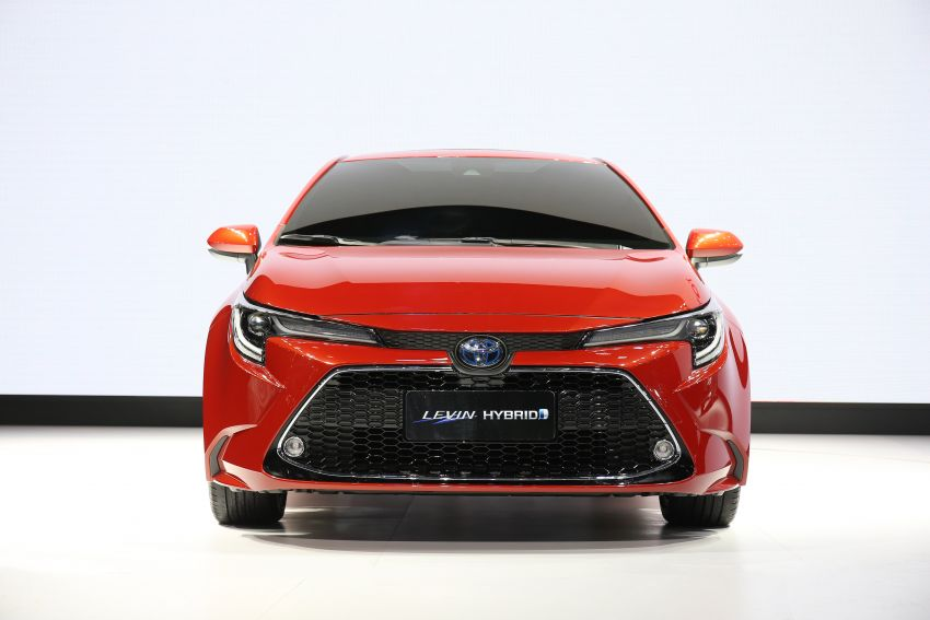 Toyota Corolla sedan generasi ke-12 didedahkan Image #889630
