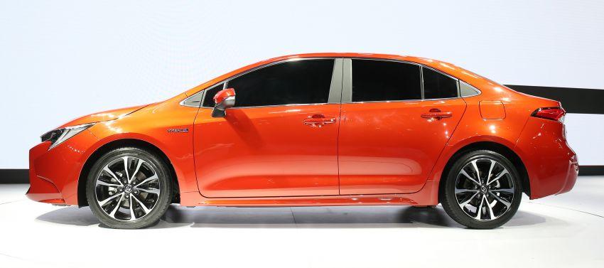 2019 Toyota Corolla sedan – 12th-gen makes its debut Image #889501