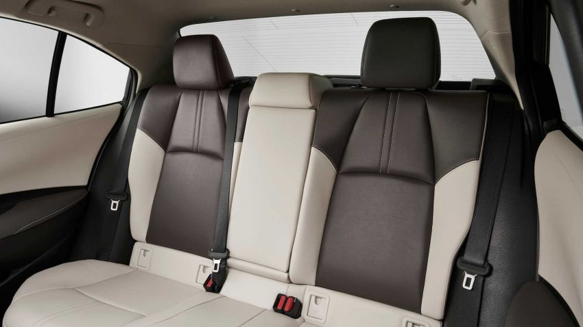 Toyota Corolla sedan generasi ke-12 didedahkan Image #889537