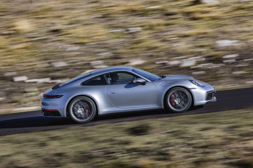 992 Porsche 911 revealed – new tech, 450 PS flat-six Image #895499