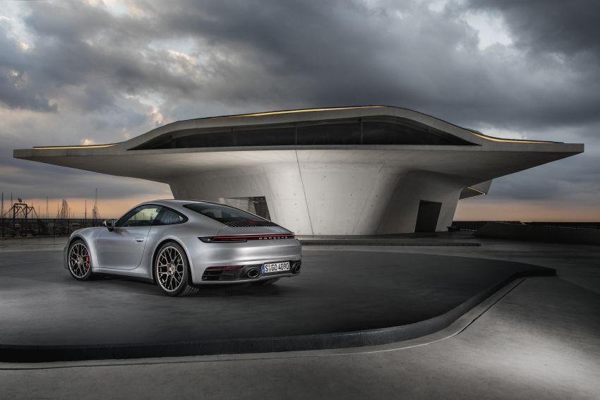 Porsche 911 generasi baharu didedahkan – enam silinder boxer, 450 PS, padat dengan teknologi terkini Image #895576