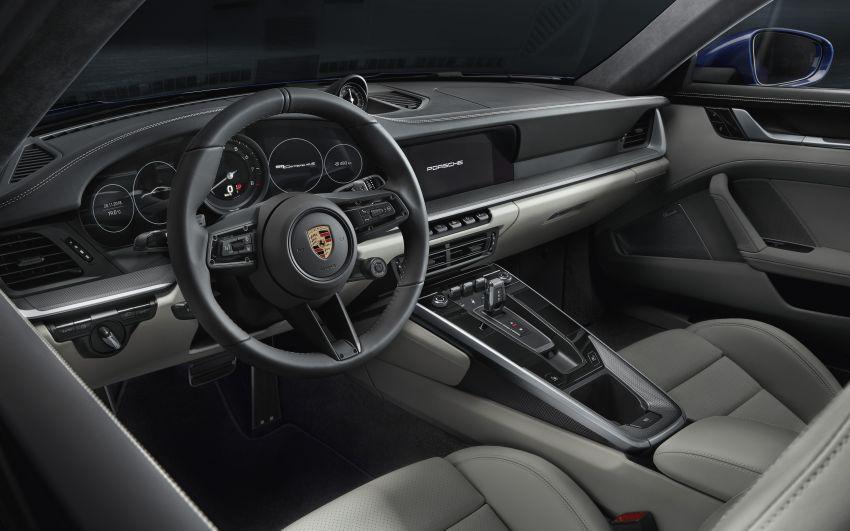 992 Porsche 911 revealed – new tech, 450 PS flat-six Image #895508