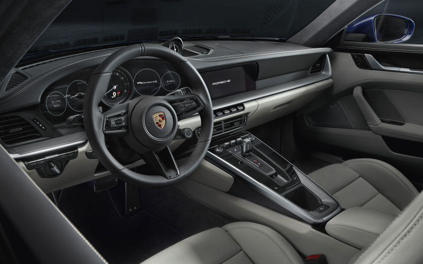 Porsche 911 generasi baharu didedahkan – enam silinder boxer, 450 PS, padat dengan teknologi terkini Image #895570