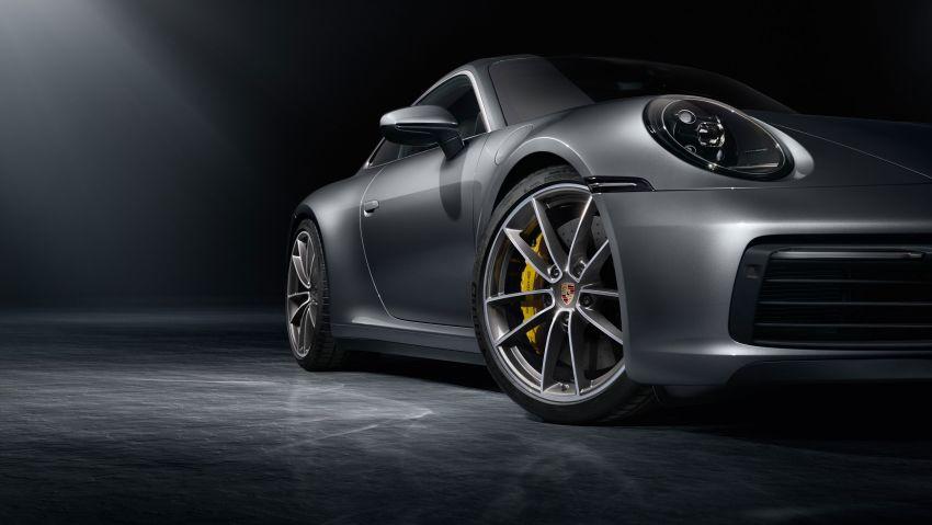 992 Porsche 911 revealed – new tech, 450 PS flat-six Image #895482