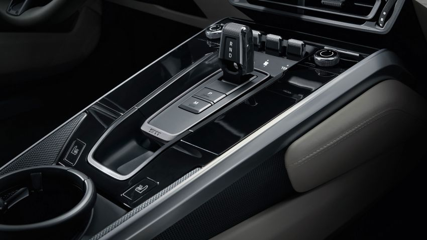 992 Porsche 911 revealed – new tech, 450 PS flat-six Image #895485