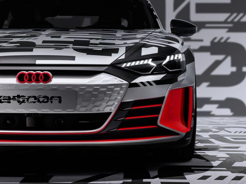 Audi e-tron GT concept debuts at Los Angeles Auto Show – 582 hp EV, production version due by end 2020 Image #896039