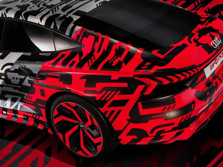 Audi e-tron GT concept debuts at Los Angeles Auto Show – 582 hp EV, production version due by end 2020 Image #896041
