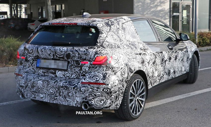 SPYSHOTS: BMW 1 Series drops some camouflage Image #895677