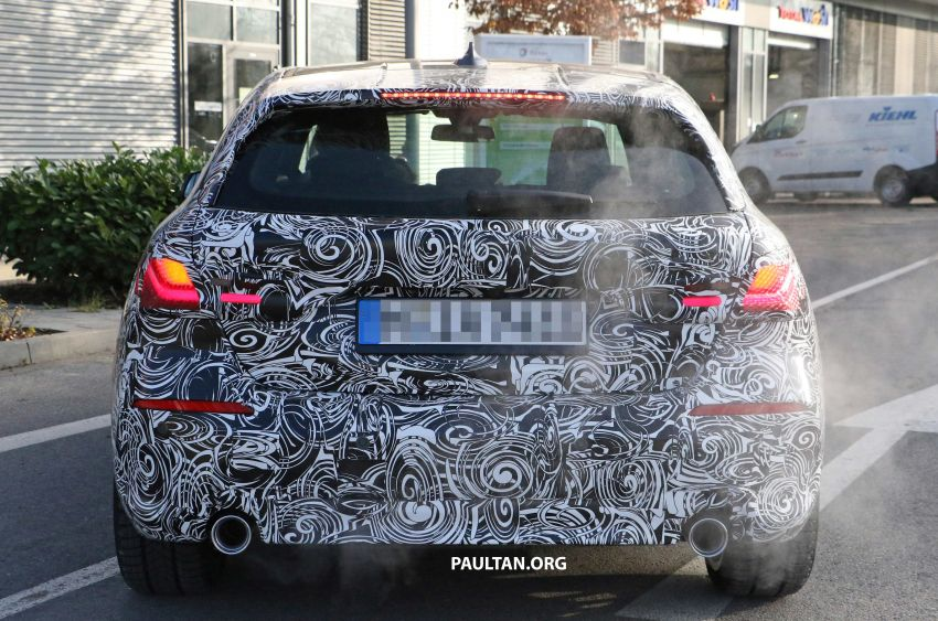 SPYSHOTS: BMW 1 Series drops some camouflage Image #895678