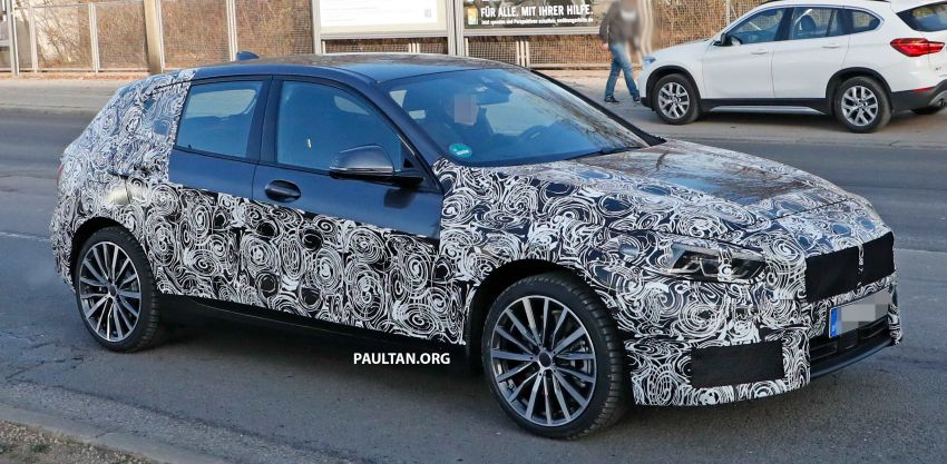 SPYSHOTS: BMW 1 Series drops some camouflage Image #895665