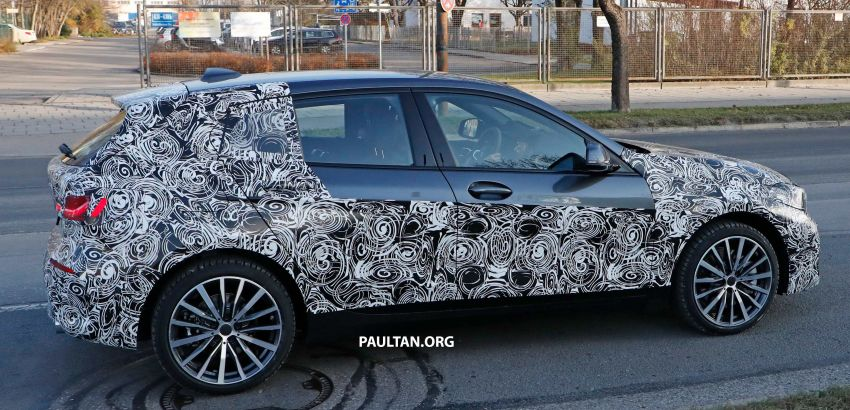 SPYSHOTS: BMW 1 Series drops some camouflage Image #895668