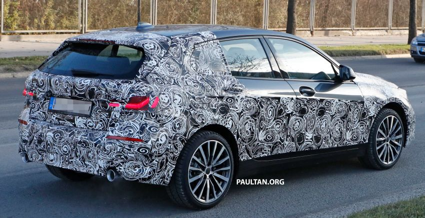 SPYSHOTS: BMW 1 Series drops some camouflage Image #895670
