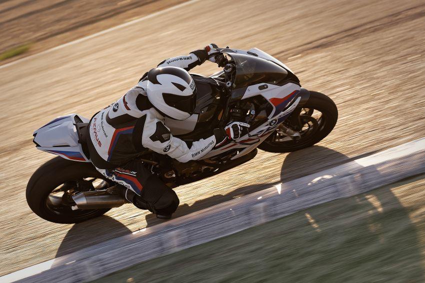 2018 EICMA: 2019 BMW Motorrad S 1000 RR shown Image #884902