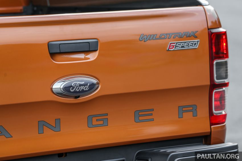 GALLERY: Ford Ranger – new 2019 facelift vs old 2016 Image #885489