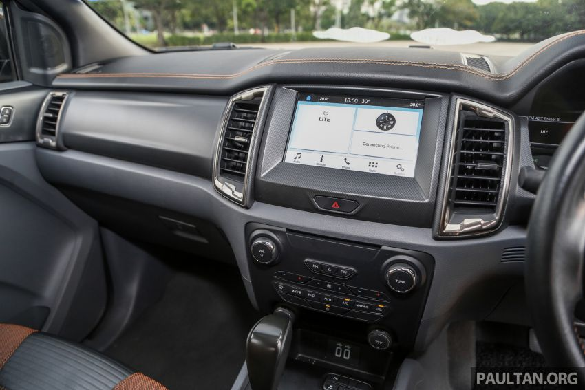 GALLERY: Ford Ranger – new 2019 facelift vs old 2016 Image #885505