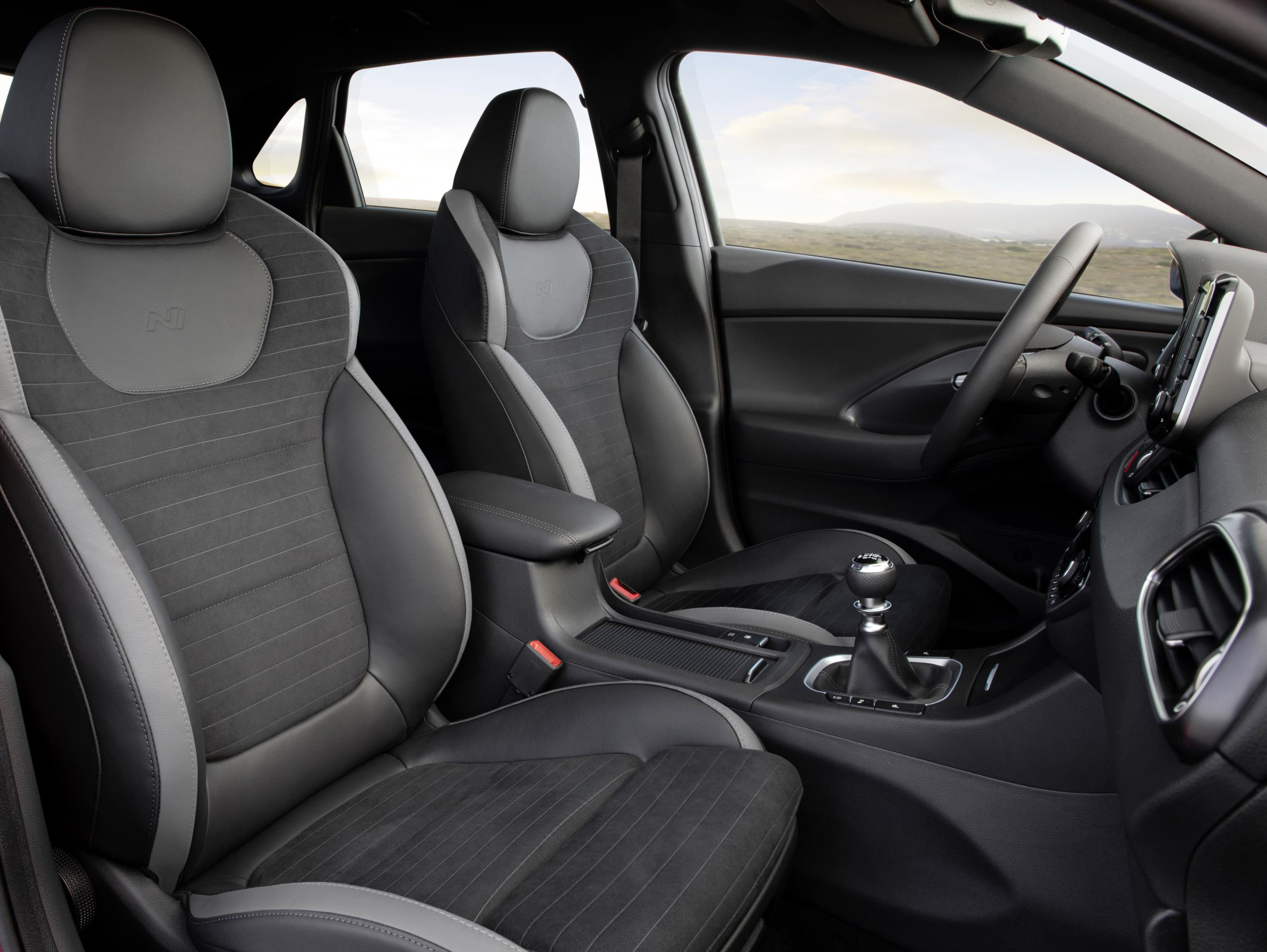 hyundai i30 fastback n line sporty looks and tuning paul tan image 881791. Black Bedroom Furniture Sets. Home Design Ideas