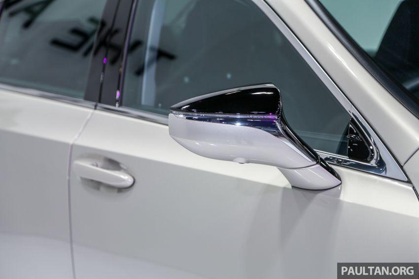 KLIMS18: Lexus ES250 baru dipertonton di Malaysia Image #893434