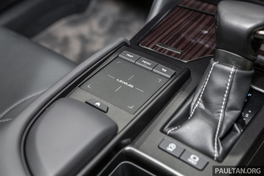 KLIMS18: Lexus ES250 baru dipertonton di Malaysia Image #893460