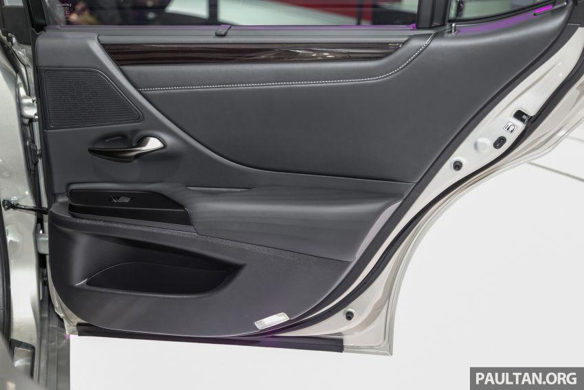 KLIMS18: Lexus ES250 baru dipertonton di Malaysia Image #893470