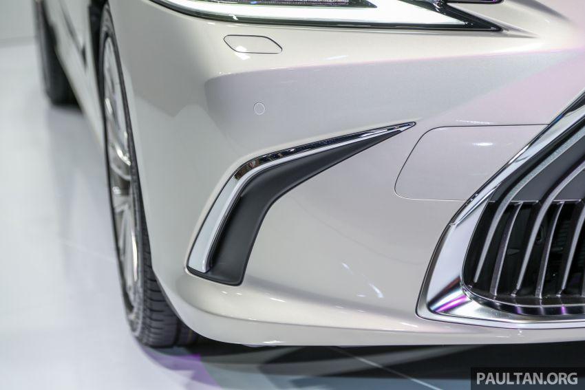 KLIMS18: Lexus ES250 baru dipertonton di Malaysia Image #893429