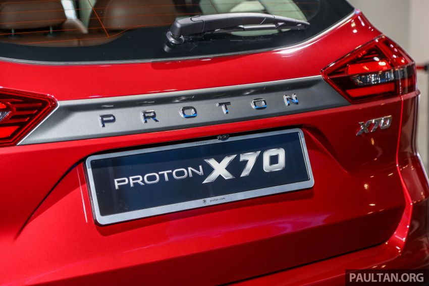 KLIMS18: Proton X70 SUV full preview, inside and out Image #891616