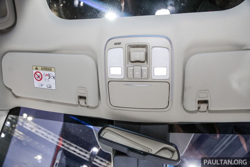 KLIMS18: Proton X70 SUV full preview, inside and out Image #891635