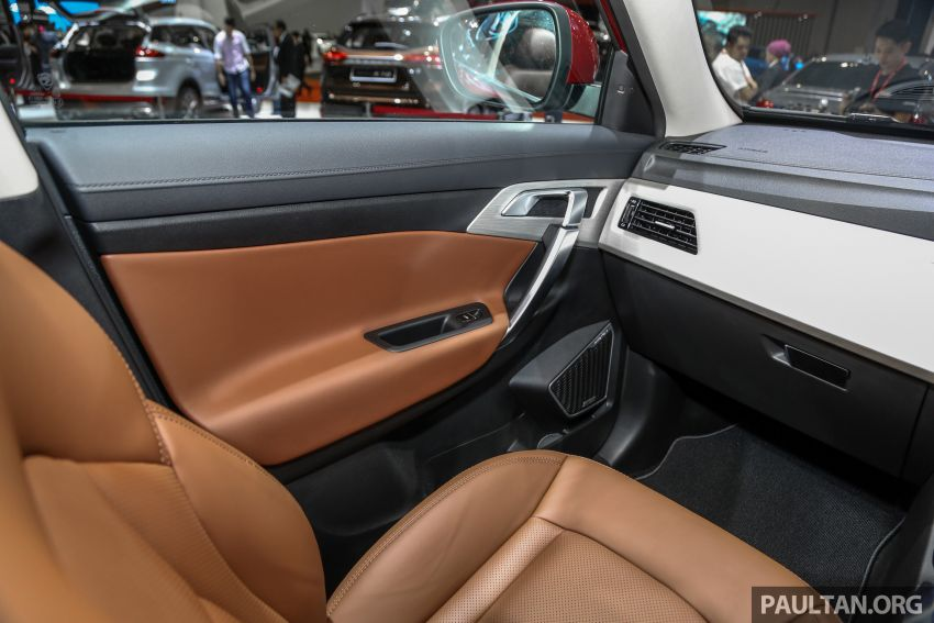 KLIMS18: Proton X70 SUV full preview, inside and out Image #891640