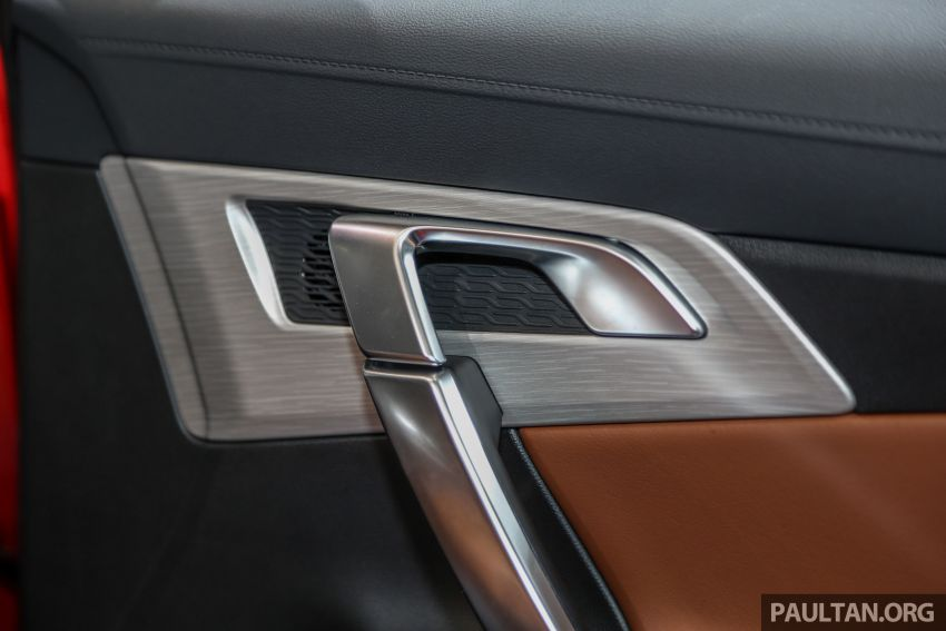 KLIMS18: Proton X70 SUV full preview, inside and out Image #891643