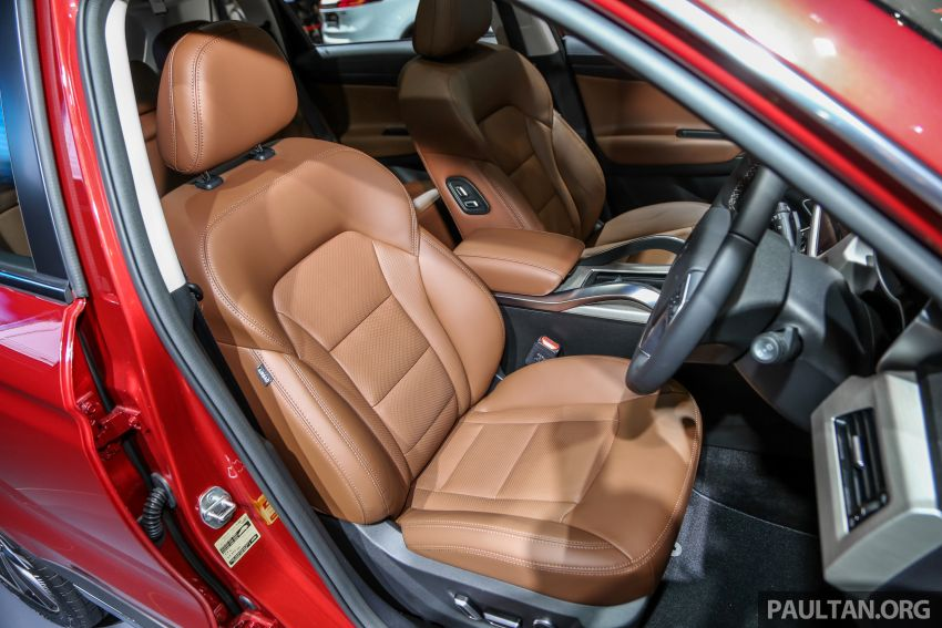 KLIMS18: Proton X70 SUV full preview, inside and out Image #891646