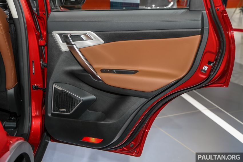 KLIMS18: Proton X70 SUV full preview, inside and out Image #891651