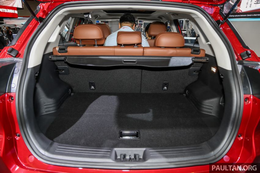KLIMS18: Proton X70 SUV full preview, inside and out Image #891656