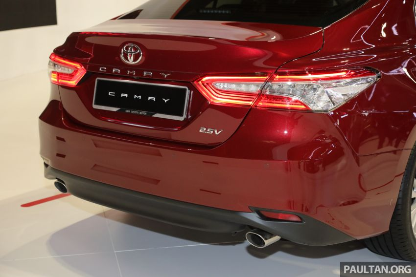 KLIMS18: New Toyota Camry launched – 2.5V, RM190k Image #891205
