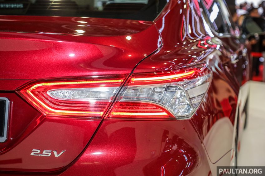 KLIMS18: New Toyota Camry launched – 2.5V, RM190k Image #891207