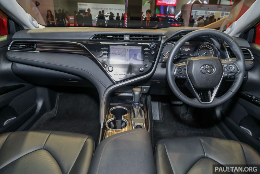KLIMS18: New Toyota Camry launched – 2.5V, RM190k Image #891211