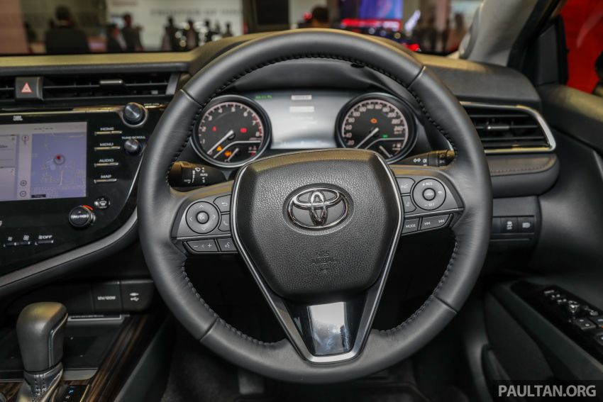 KLIMS18: New Toyota Camry launched – 2.5V, RM190k Image #891217