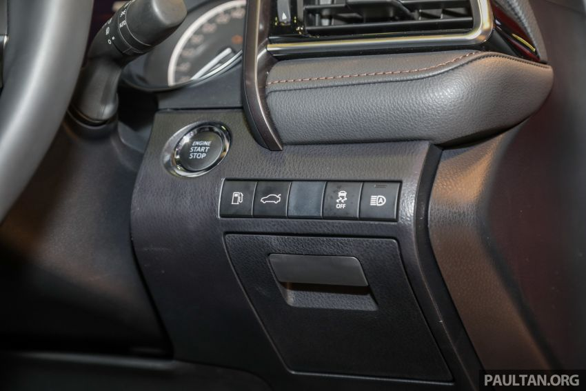 KLIMS18: New Toyota Camry launched – 2.5V, RM190k Image #891218