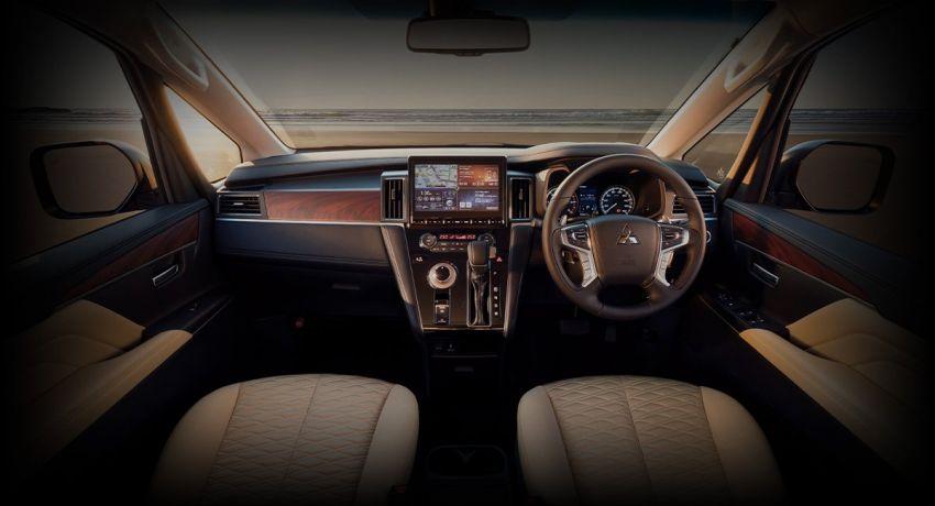 Mitsubishi Delica D:5 makes Japanese market debut Image #893688