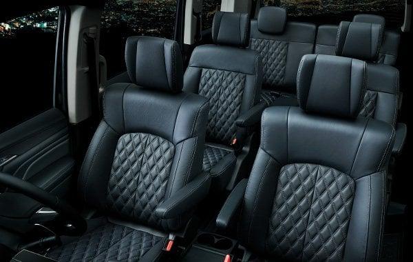 Mitsubishi Delica D:5 makes Japanese market debut Image #893699